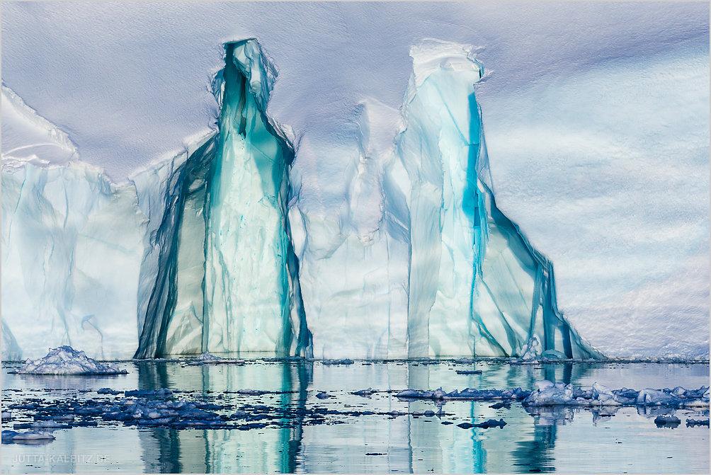 Am Fuß des Eisbergs